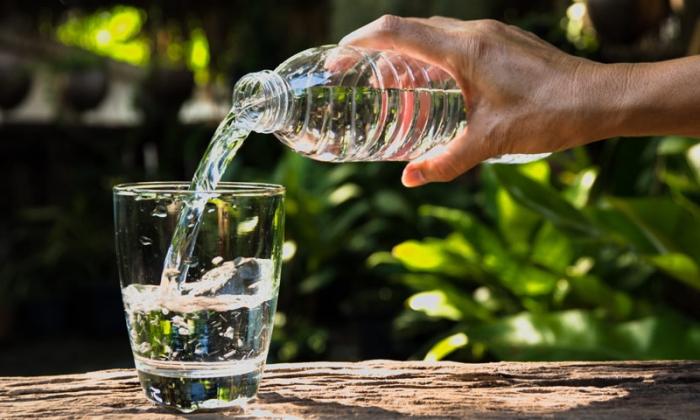 Какие напитки нельзя употреблять в жару?