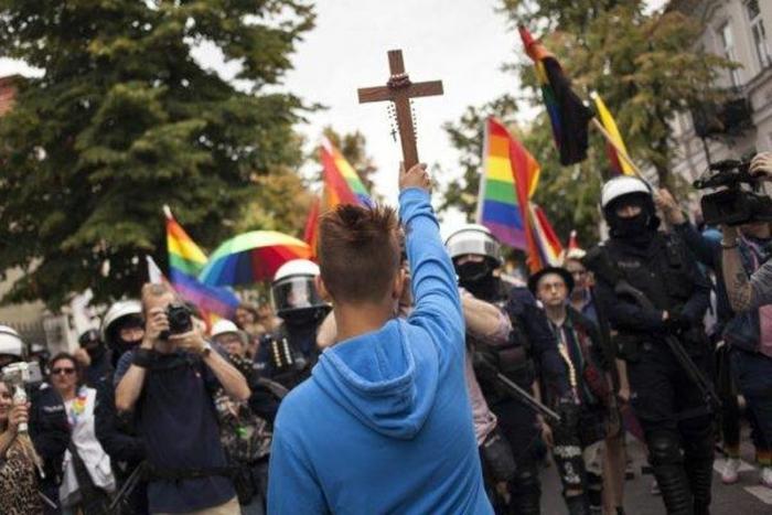 Польша легализует насилие: страна выходит из Конвенции о защите женщин