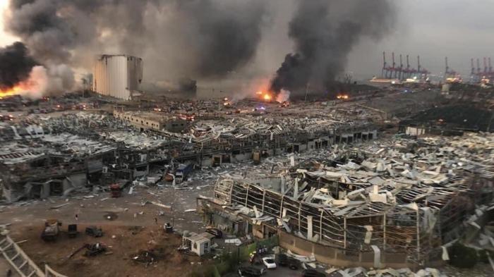 Причины мощного взрыва в столице Ливана установлены