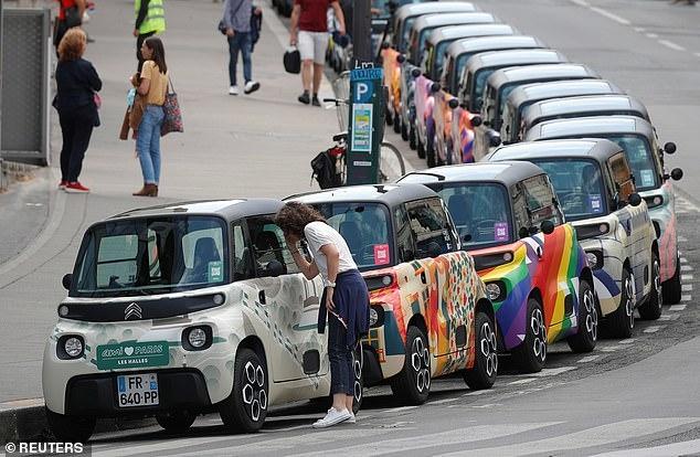 Citroen нацелился на парижских подростков с электромобилем кубической формы стоимостью, как Лада Гранта