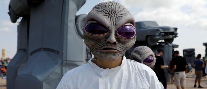 Инопланетянин был застрелен на американской военной базе в 1978 году утверждает бывший майор  ВВС США