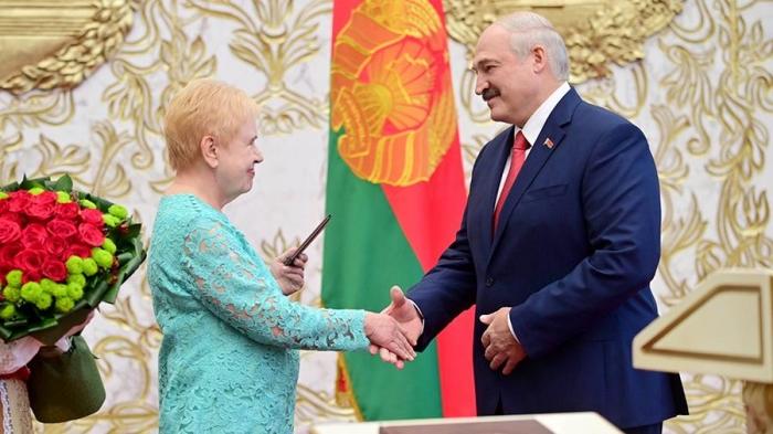 Евросоюз назвал президента Лукашенко нелегитимным