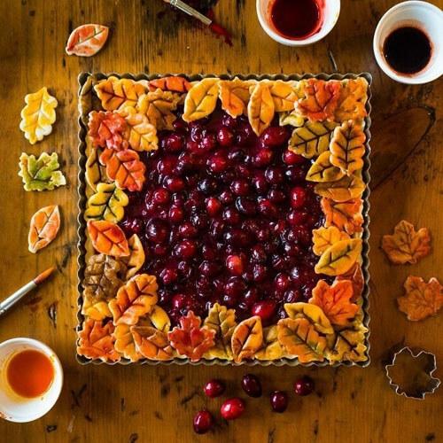 Мастерица печёт удивительно красивые пироги