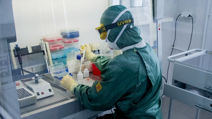 Новый штамм коронавируса стремительно распространяется по Европе