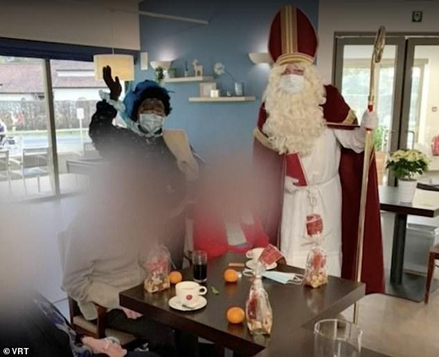 Бельгийский Санта-Клаус раздаривал на рождество COVID-19