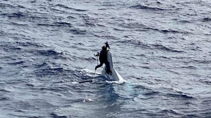 Пропавший мужчина найден цепляющимся за перевернутую яхту в 86 милях от побережья Флориды