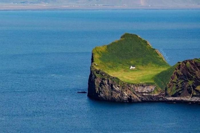 Загадка «самого одинокого дома в мире» на отдаленном острове, который пустует уже более 100 лет