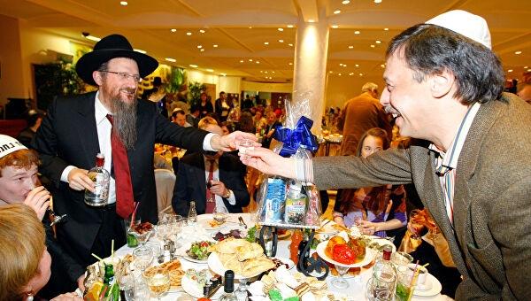 Пьяный сторонник Навального устроил дебош в еврейском общинном центре