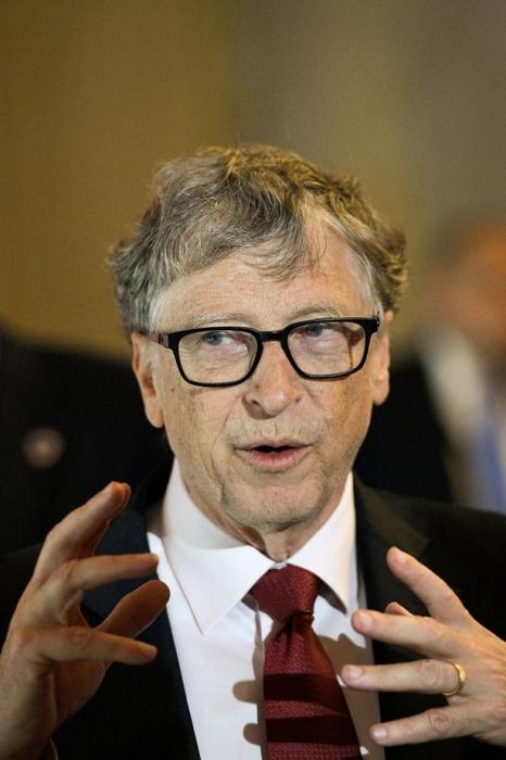Билл Гейтс предупреждает о следующих двух катастрофах, с которыми столкнется мир после предсказания вспышки Ковид-19