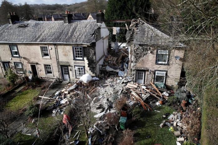 Взрыв газа в Саммерсите. Погибла женщина, когда друзья наблюдали, как рухнул дом, пока она была на Скайпе