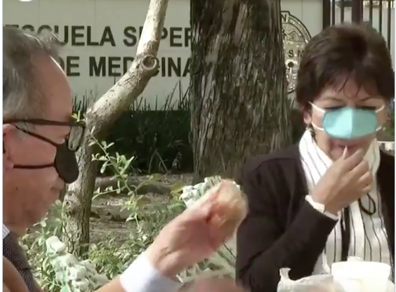 Мексиканская маска, предназначенная для защиты от Ковид-19 во время еды