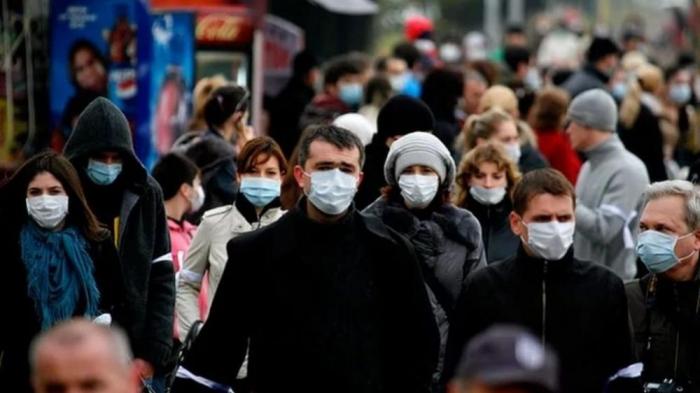 15% россиян готовы носить медицинские маски бессрочно, но учёные заявили об негативных последствиях этого