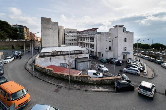 Итальянскому работнику больницы удалось не ходить на работу 15 лет и заработать при этом 648 000 долларов