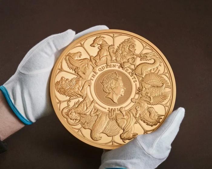 Королевский монетный двор выпускает гигантскую 10-килограммовую монету стоимостью 10 000 фунтов стерлингов