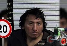 Мужчина уходил от полиции в медленной погоне на украденном тракторе