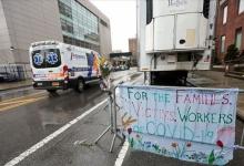 Новая фаза коронавируса в США: доктора бьют тревогу и призывают американцев носить маски даже дома