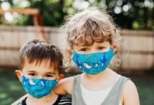Немцев заставляют запирать детей одних в комнате при подозрении на коронавирус