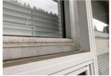 Канадские власти приказали заколотить окна в школе, чтобы её не проветривали