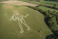 Ученые наконец-то разгадали тайну этого голого мелового гиганта, вырезанного на склоне английского холма