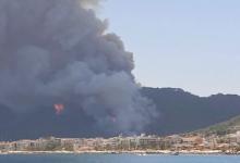 Эвакуированные из-за природного пожара туристы вернулись в отели Турции