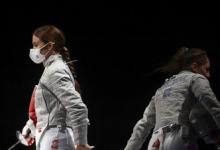 Российские саблистки завоевали золото Олимпиады в Токио в командных соревнованиях