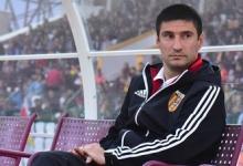 Нецензурная брань, толчок судьи и очередная дисквалификация: как Гогниев стал самым скандальным тренером ФНЛ