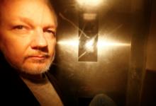 Главред Wikileaks не исключил обращение Ассанжа к России с просьбой об убежище