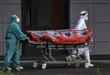 Скончались 1106 пациентов: в России зафиксирован новый суточный антирекорд по числу смертей от COVID-19