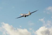 Два российских ракетоносца Ту-160 провели полёт над Баренцевым иНорвежским морями